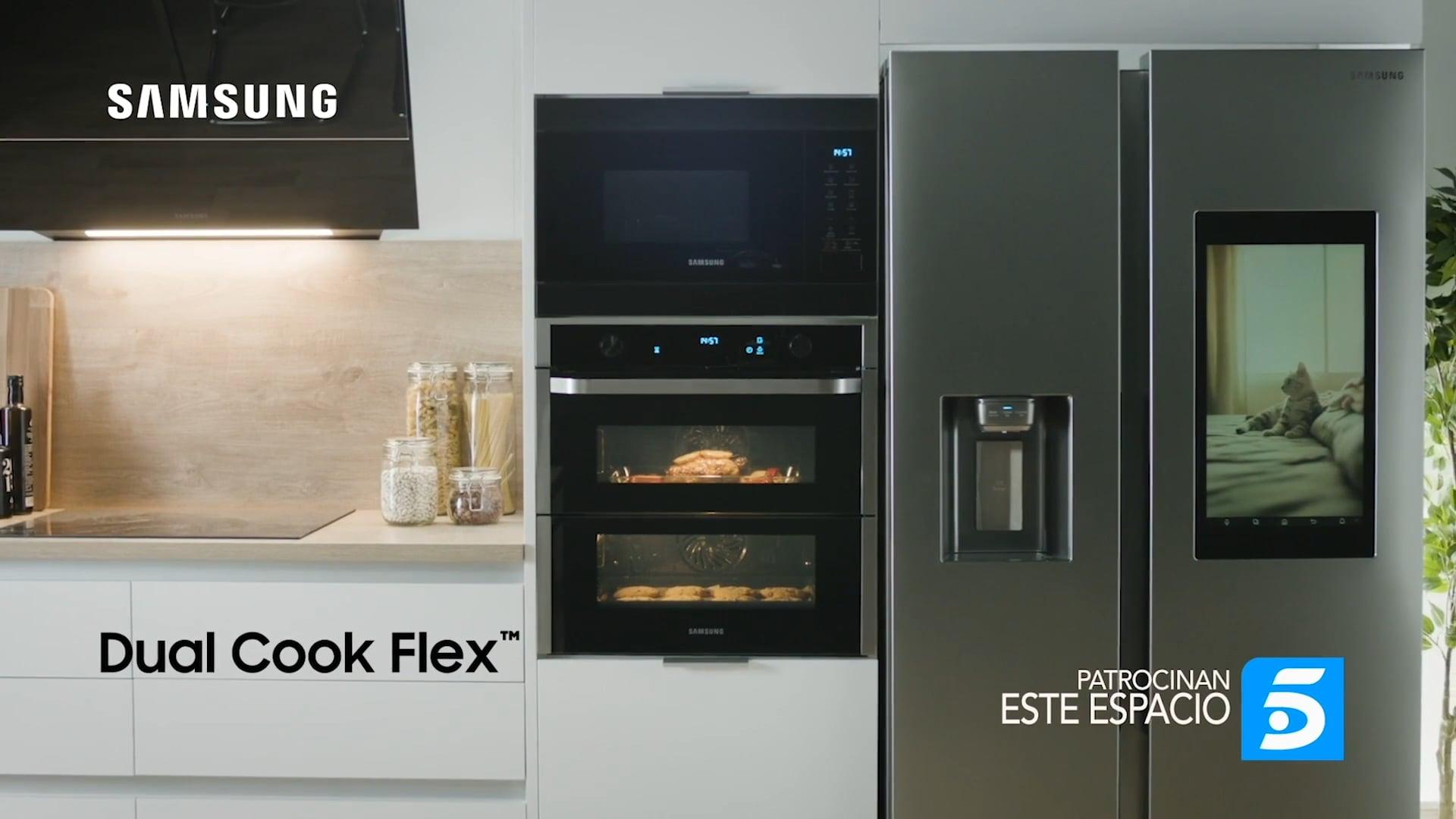 SAMSUNG Horno Dual Cook Flex