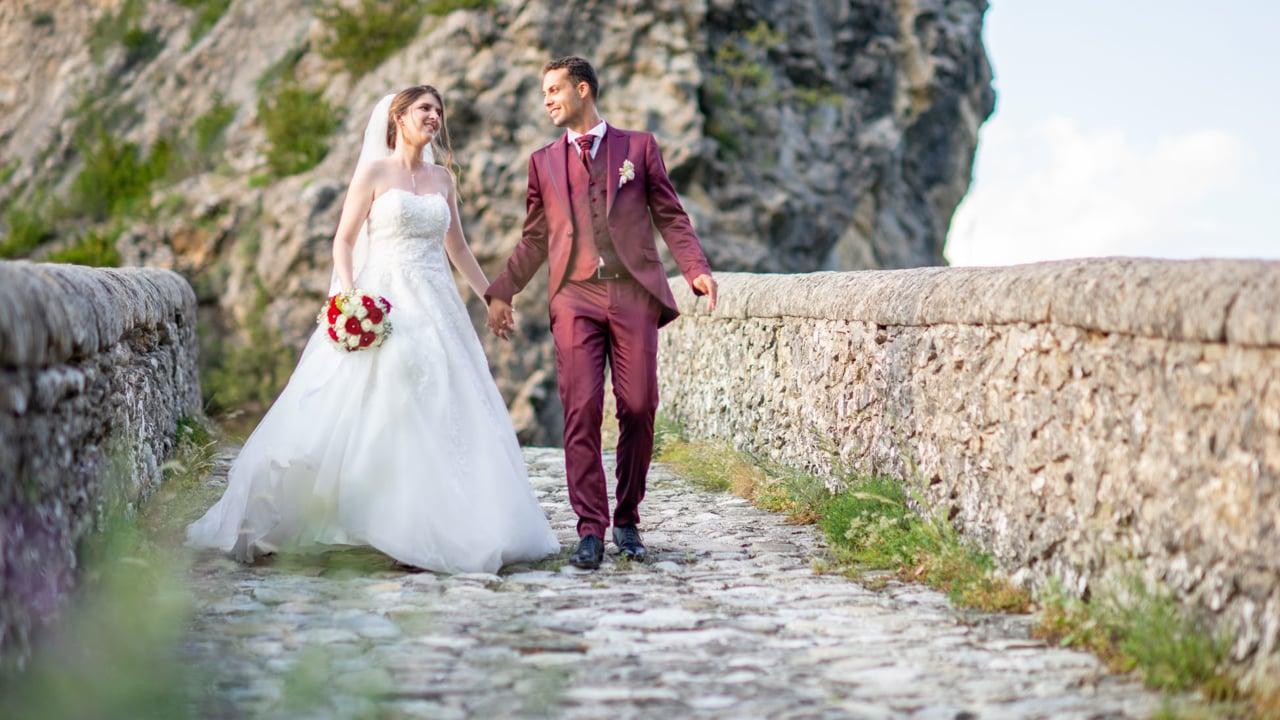 - film mariage domaine des sources puget theniers saint benoit romance citadelle entrevaux nature alpes haute provence   PlanetGFX
