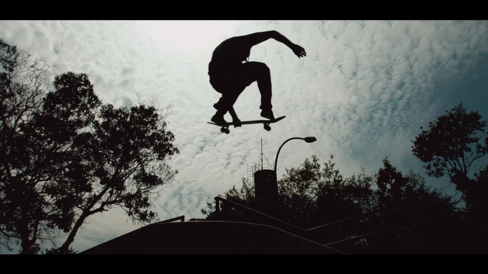 Canal OFF - Young Skate Session
