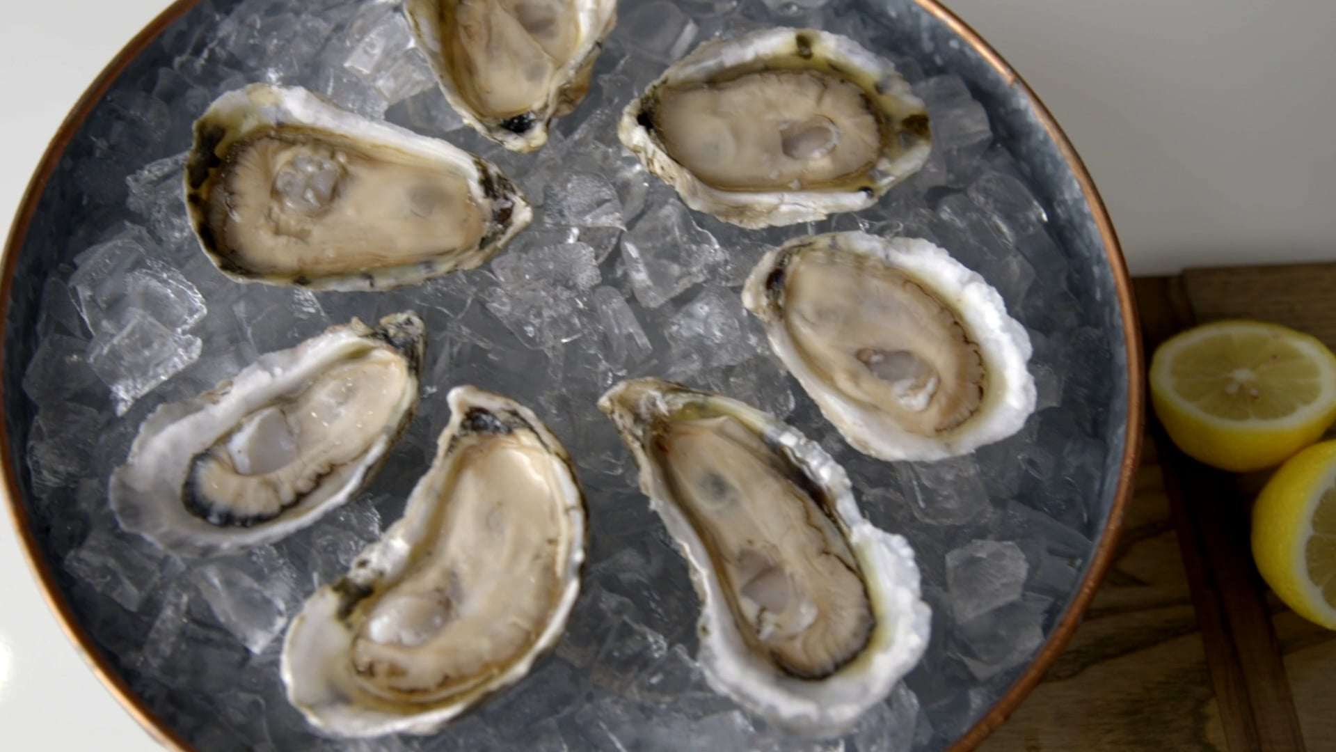 True Chesapeake Oysters: How To Shuck Like a Pro