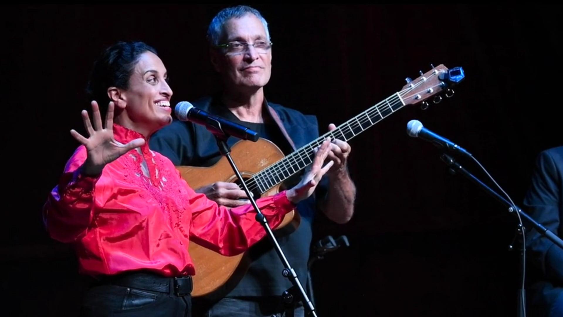 Noa (Achinoam Nini) & Gil Dor - Little lovin' - Heichal Hatarbut, with Yoav Kutner