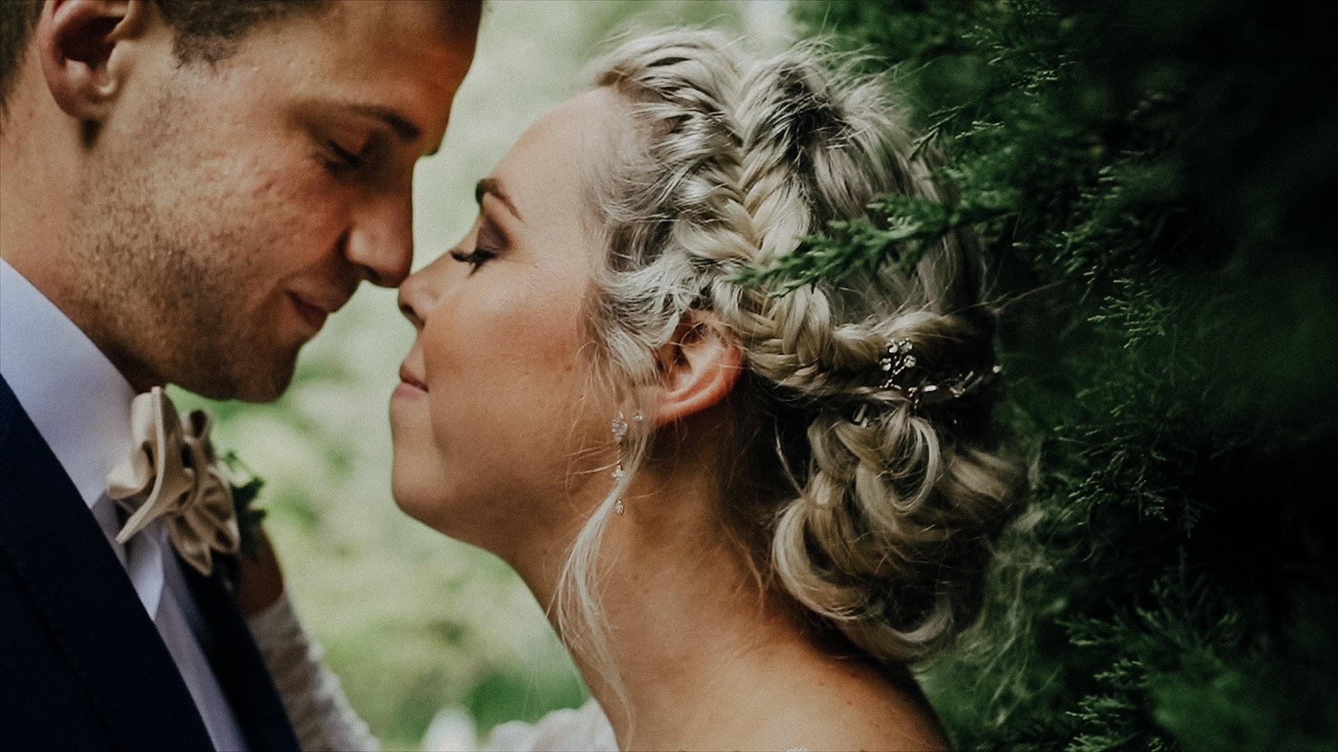 Weddings with Kimberley Moore