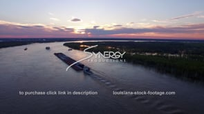 1482 Mississippi River dolly out aerial