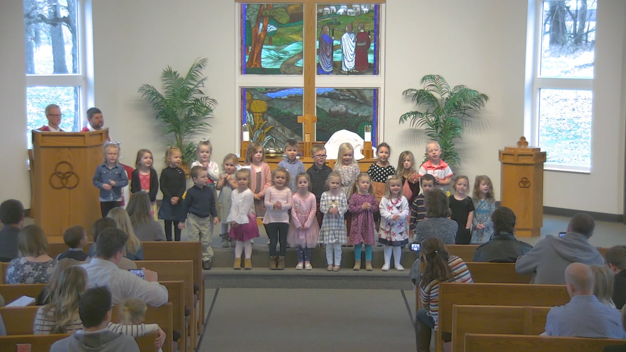 Preschool Choir singing on November 10, 2019