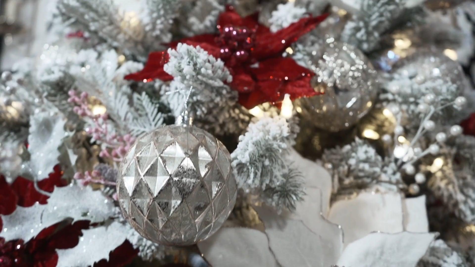 House Piazza Holiday Festive Christmas