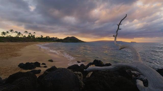 Sunset at Maluaka Beach, Maui Island, Hawaii - Nature Soundscape