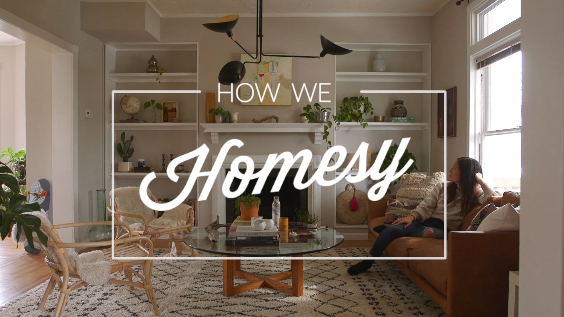 HOW WE HOMESY: A Mantle Makeover With Jamie