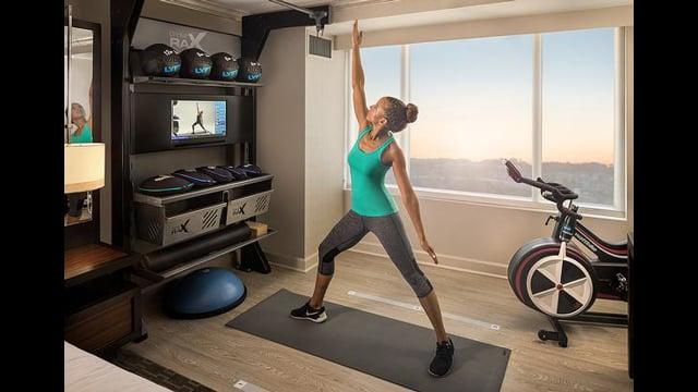 Wake Up & Workout | Hilton's Five Feet to Fitness™