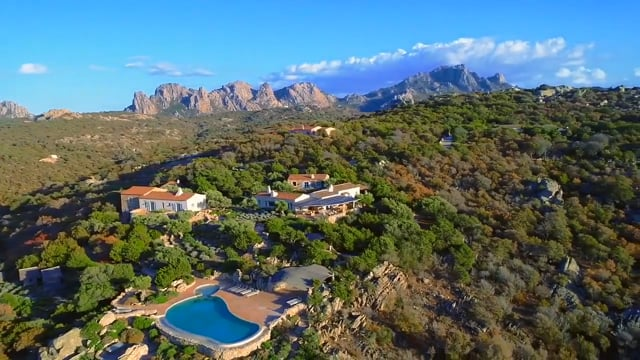 San Pantaleo Prestigious property in the green with an enchanting sea view