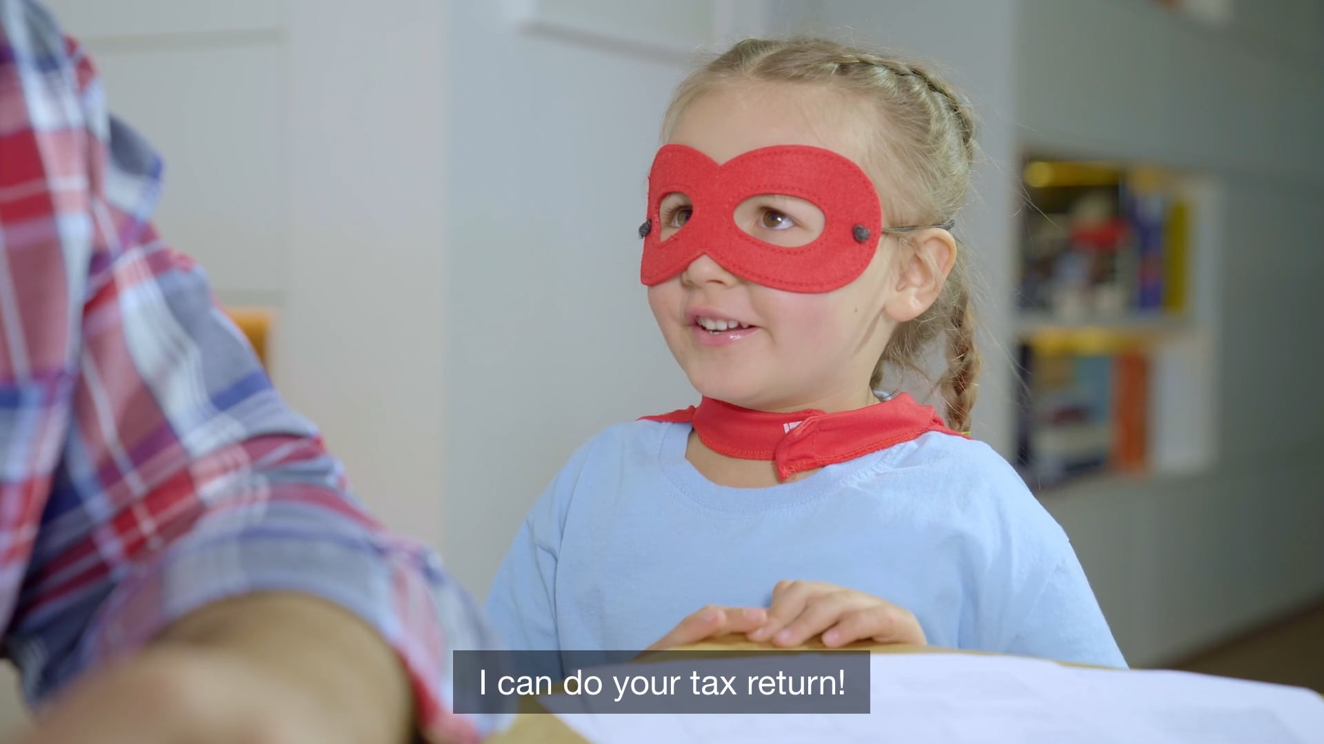TAXX.LU Cute Commercial
