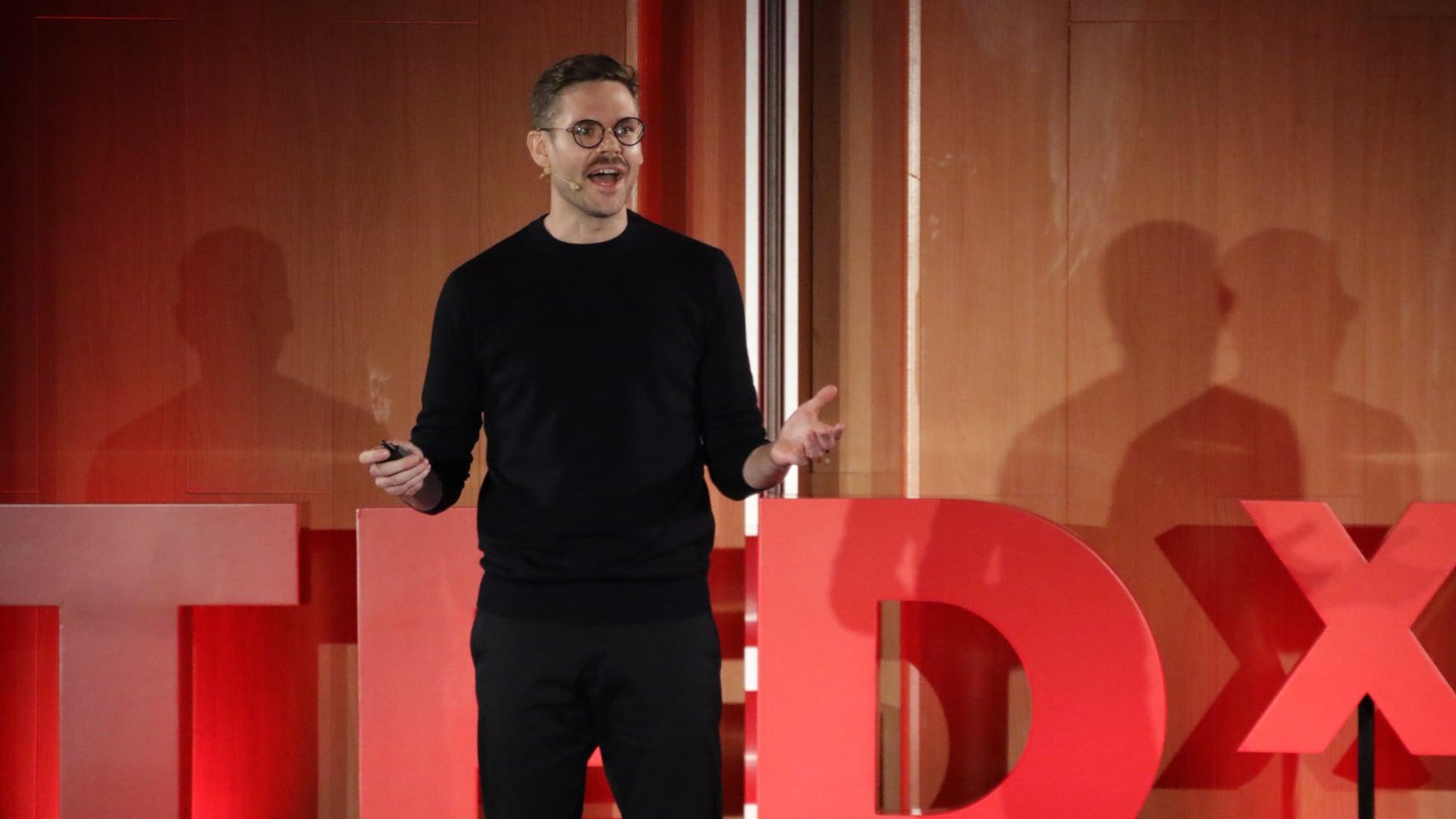 TEDx. Nis Nørgaard - How to create a genderless voice.