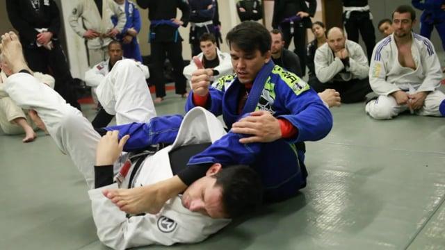 knee slide to monoplata variation