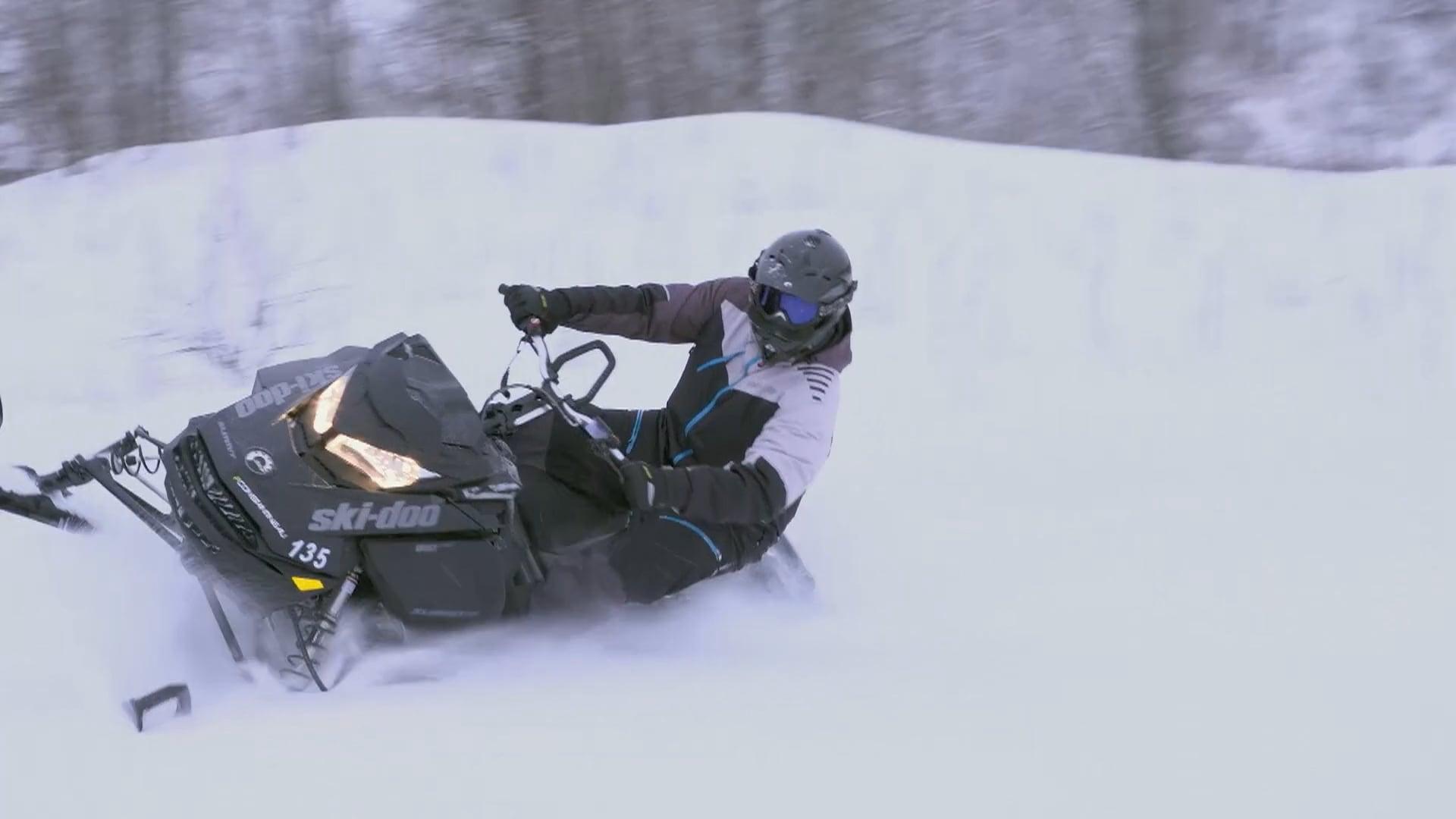 Zone Aventure - Épisode 7 - Mont-Laurier avec Simon Constantineau