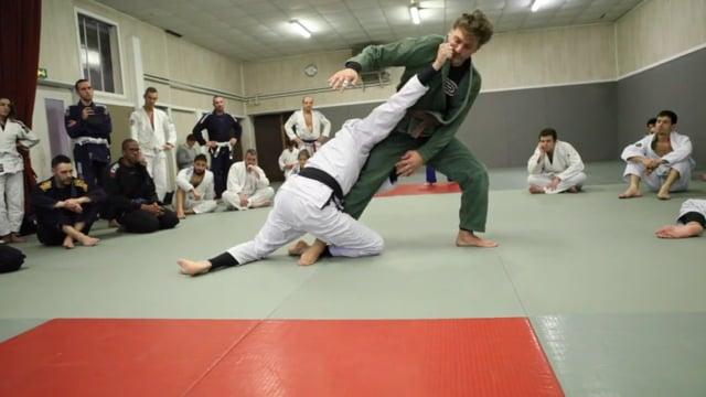 Sit-up 4) Renversement en single leg