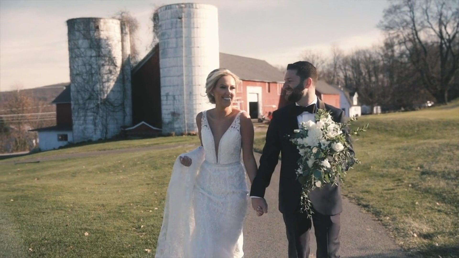 Hand in Hand into the Sunset | Nikki & Jeff