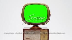 1718 Philco predicta Penthouse medium centered green screen