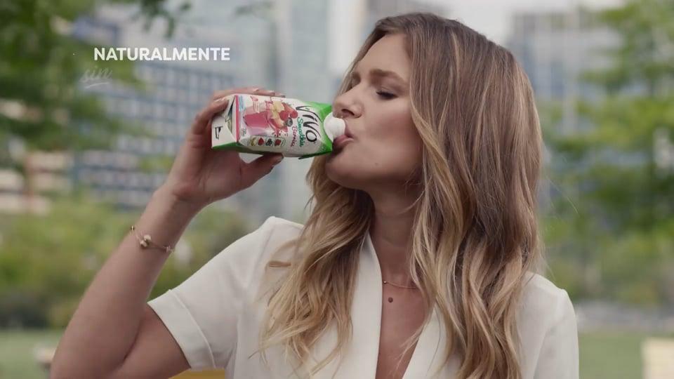 Mayte Rodriguez Campaña Vivo Smoothies