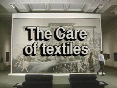 Preventive Conservation in Museums - The Care of Textiles (18/19)