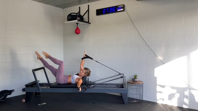 40min glute and ab focused reformer workout