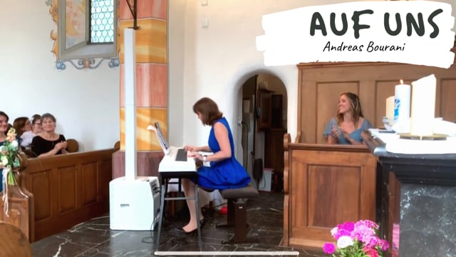 Lisa - professionelle Pianistin video preview