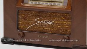 1890 Vintage Retro Philco Radio tilt down
