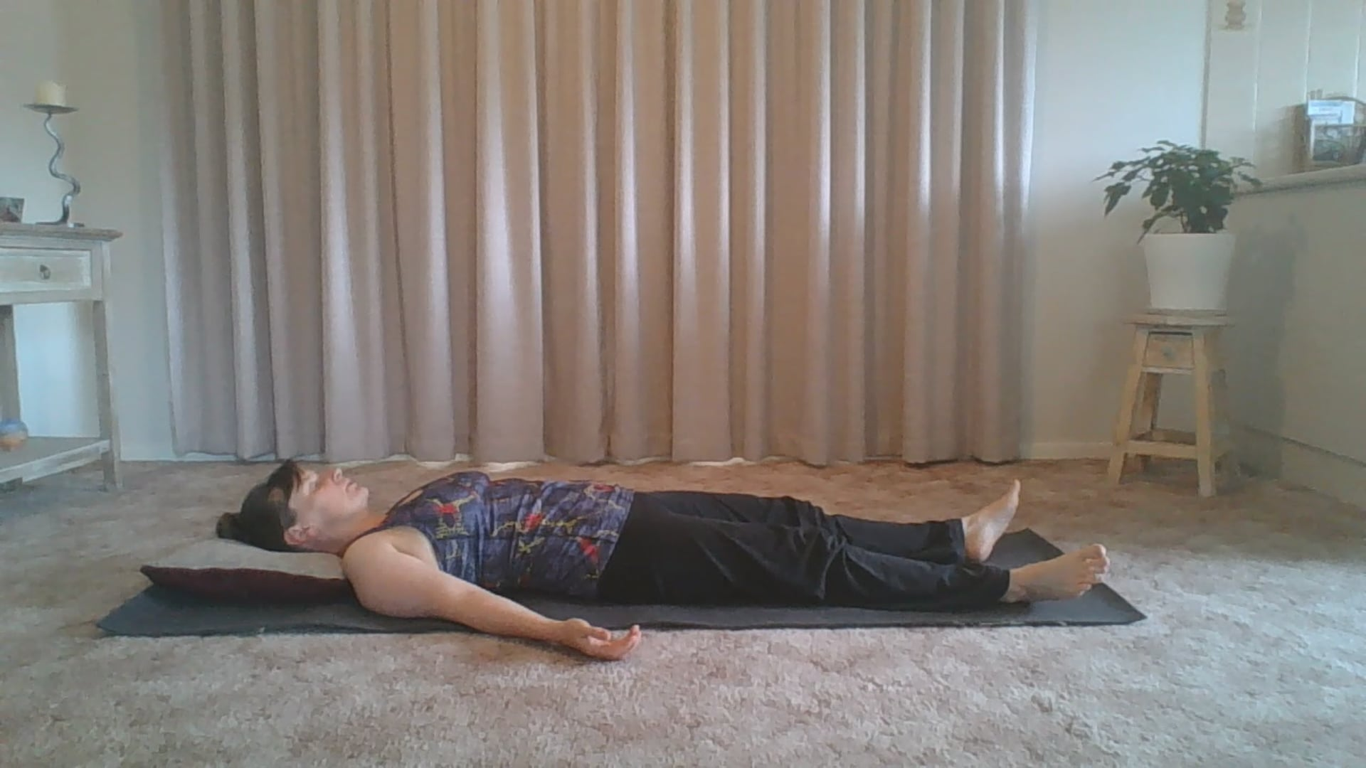 Gentle Somatic Yoga - shoulders and back