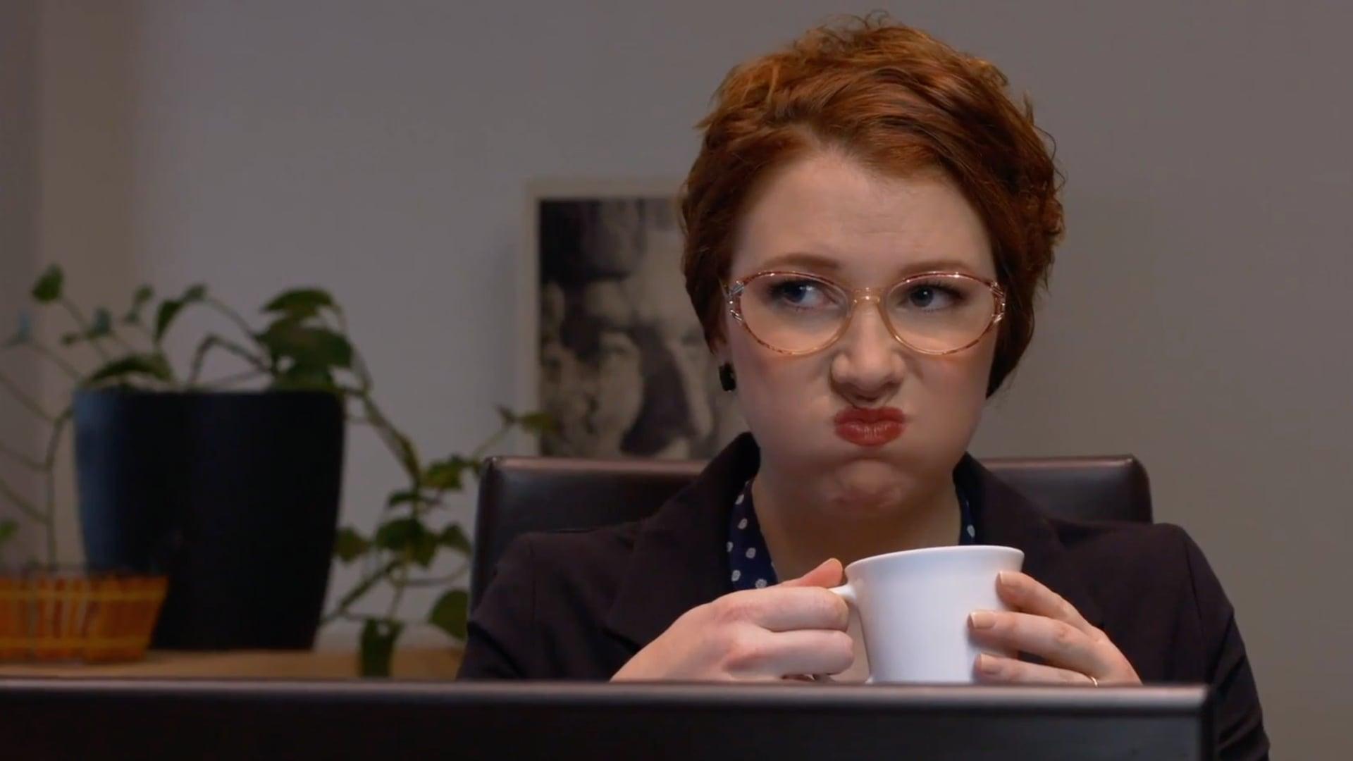 Amanda Huxtable - Comedy Reel