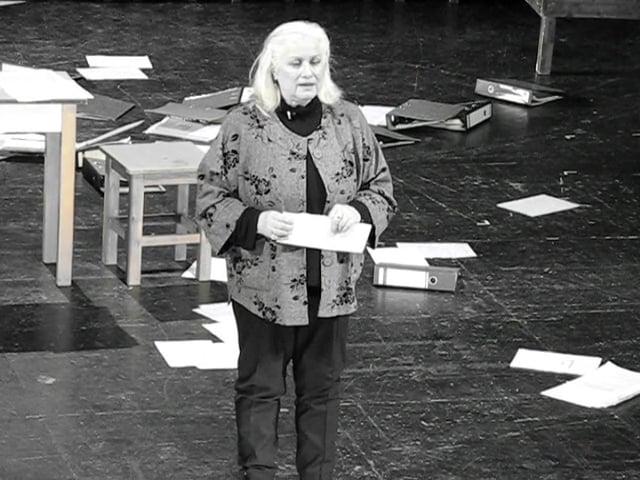 Edda Schönherz in »Staats-Sicherheiten« während einer Aufführung im Maxim Gorki Theater, Berlin, 15.01.2010