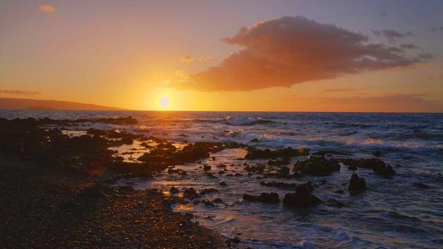 Sunset at Polo Beach, Maui Hawaii in 4K