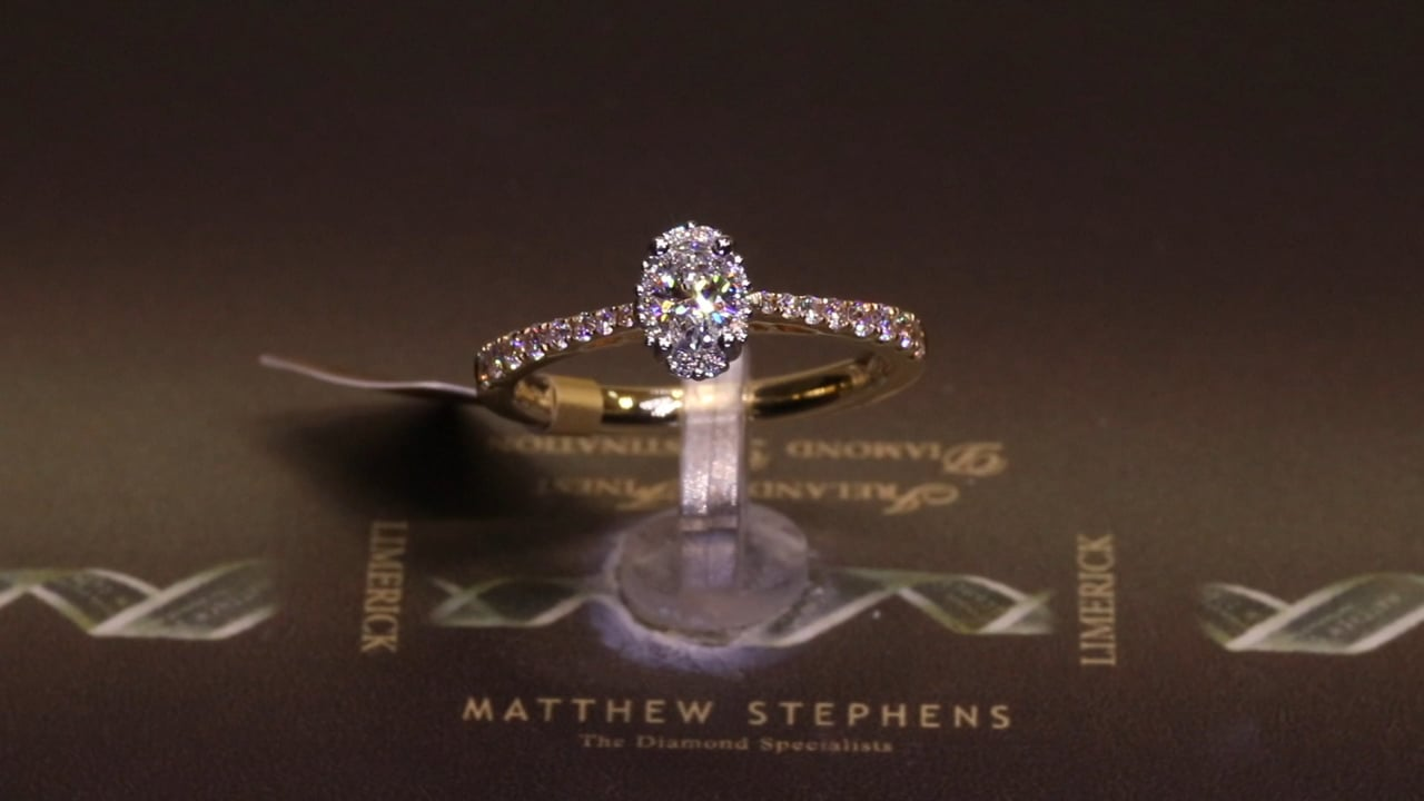 68682 - Oval Diamond Solitaire with Hidden Halo & DSS, T0.58ct, Set in 18ct Yellow Gold