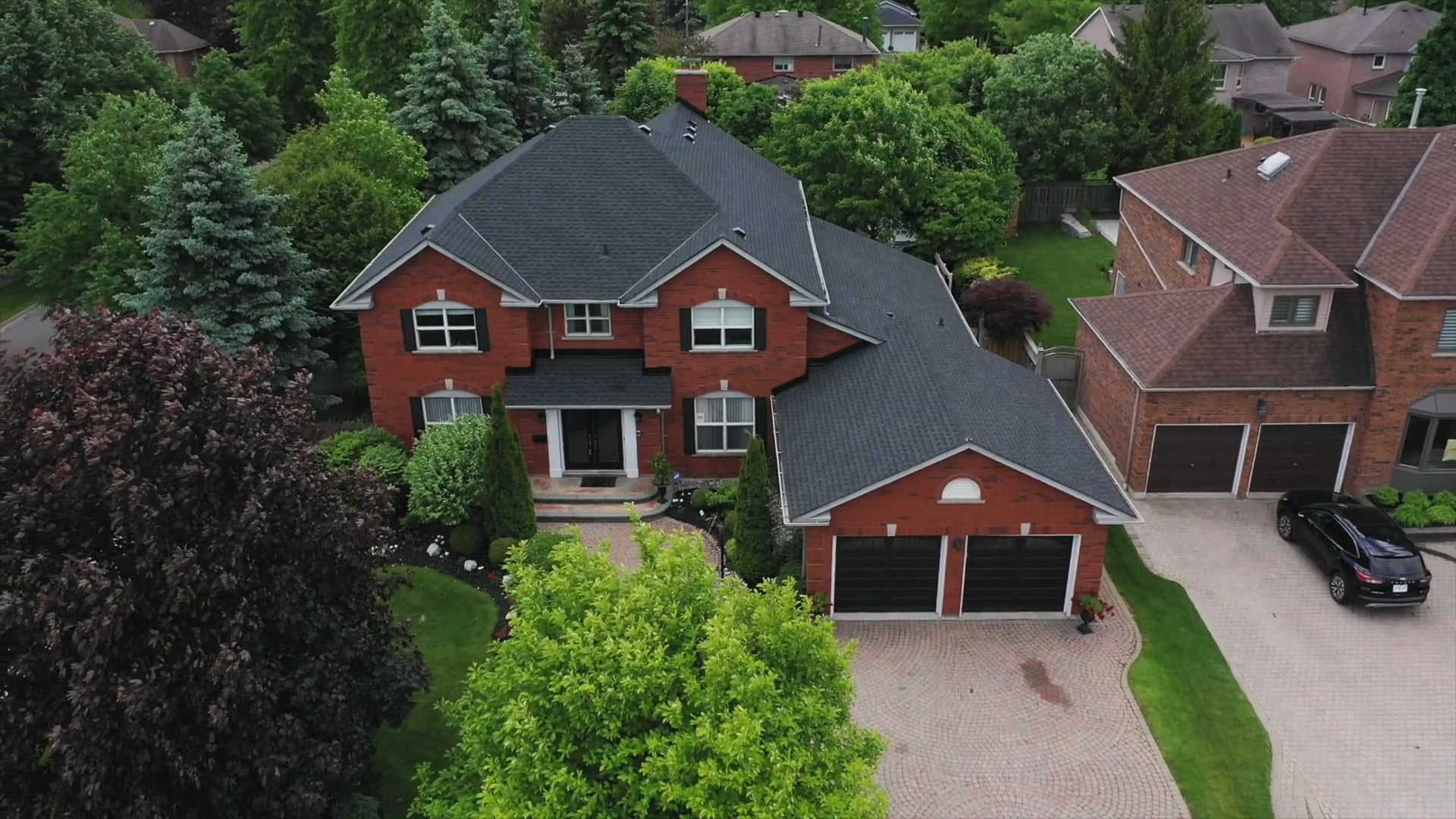 1 Woodhaven Crescent, Whitby