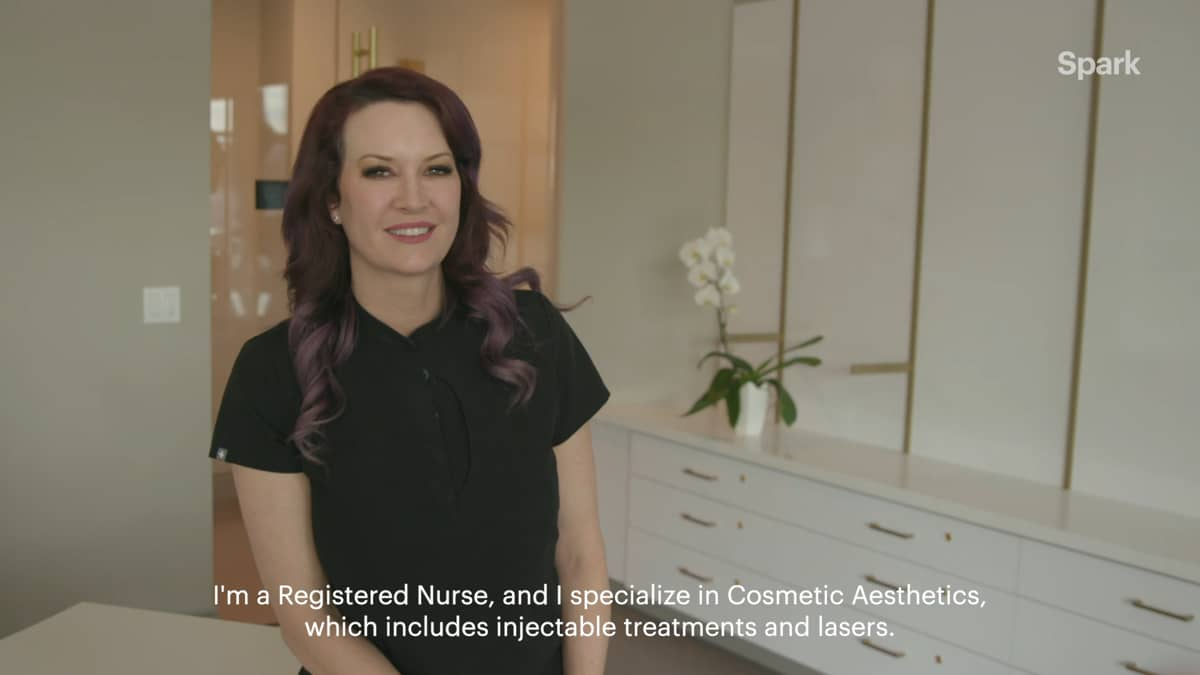 Jennifer shares her typical day as an Aesthetic Injector.