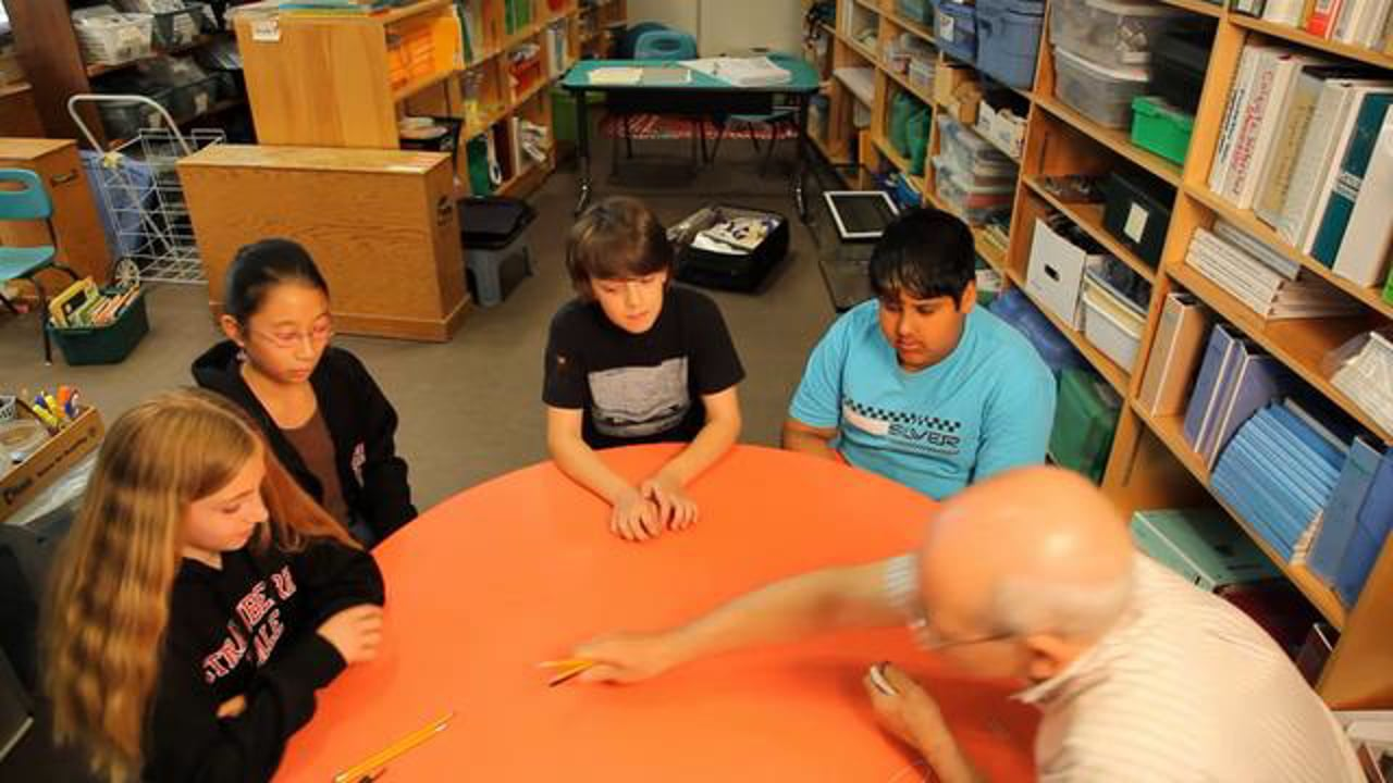 """Grade 5 - Learning Fractions through the Game """"Concentration"""""""