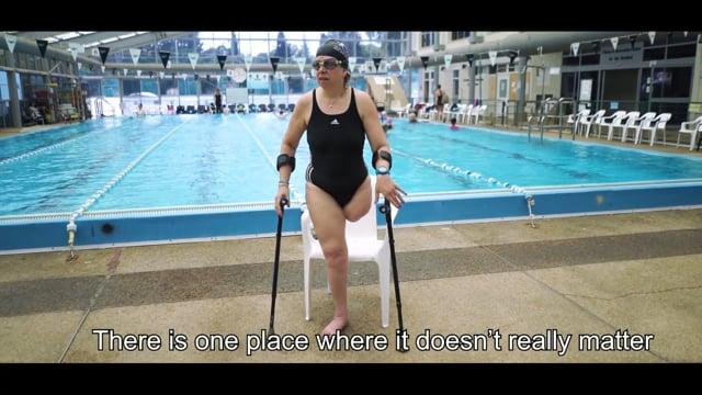 Ilanit Yurman – Swimming