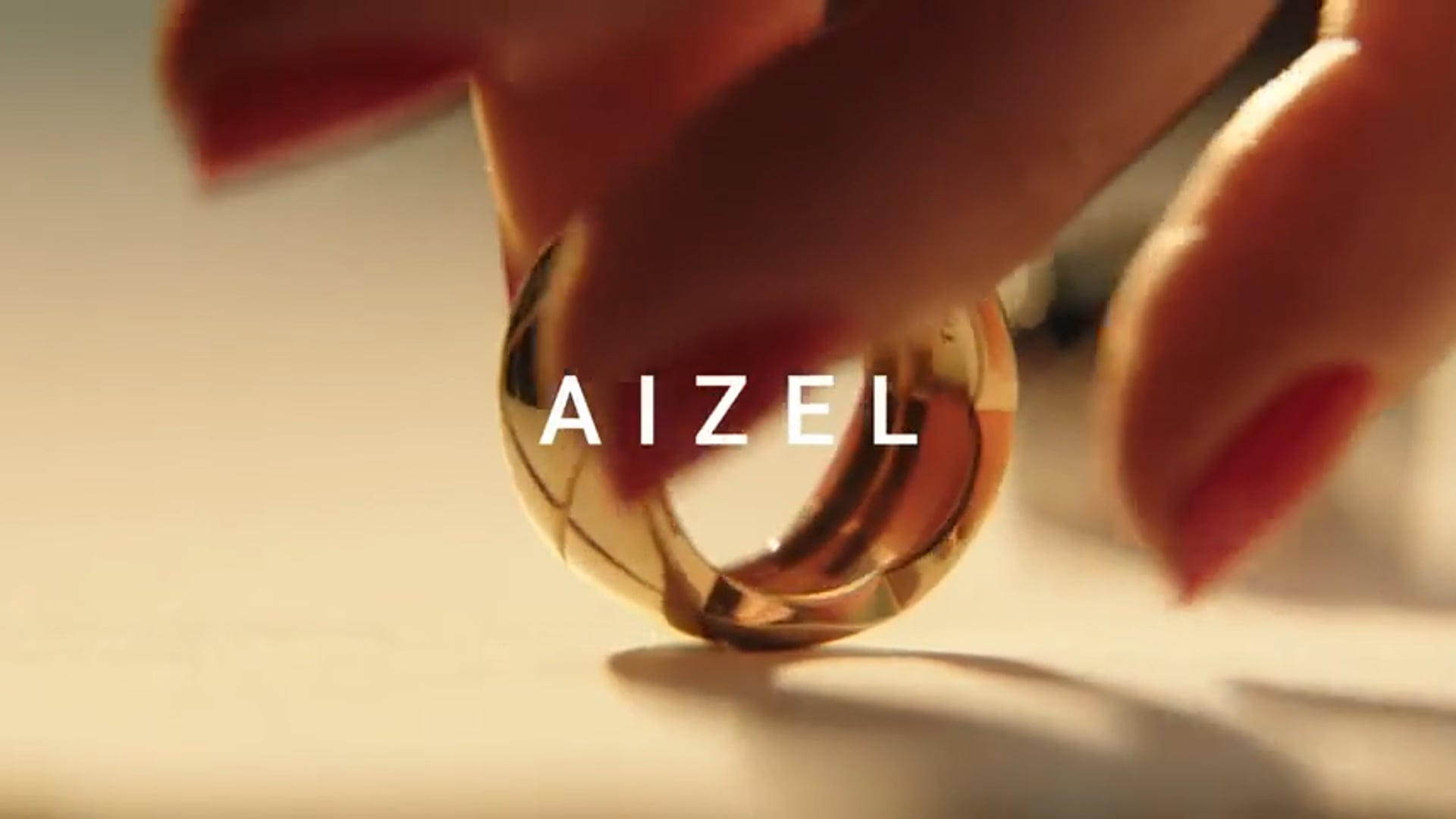 AIZEL - Coco Crush - CHANEL