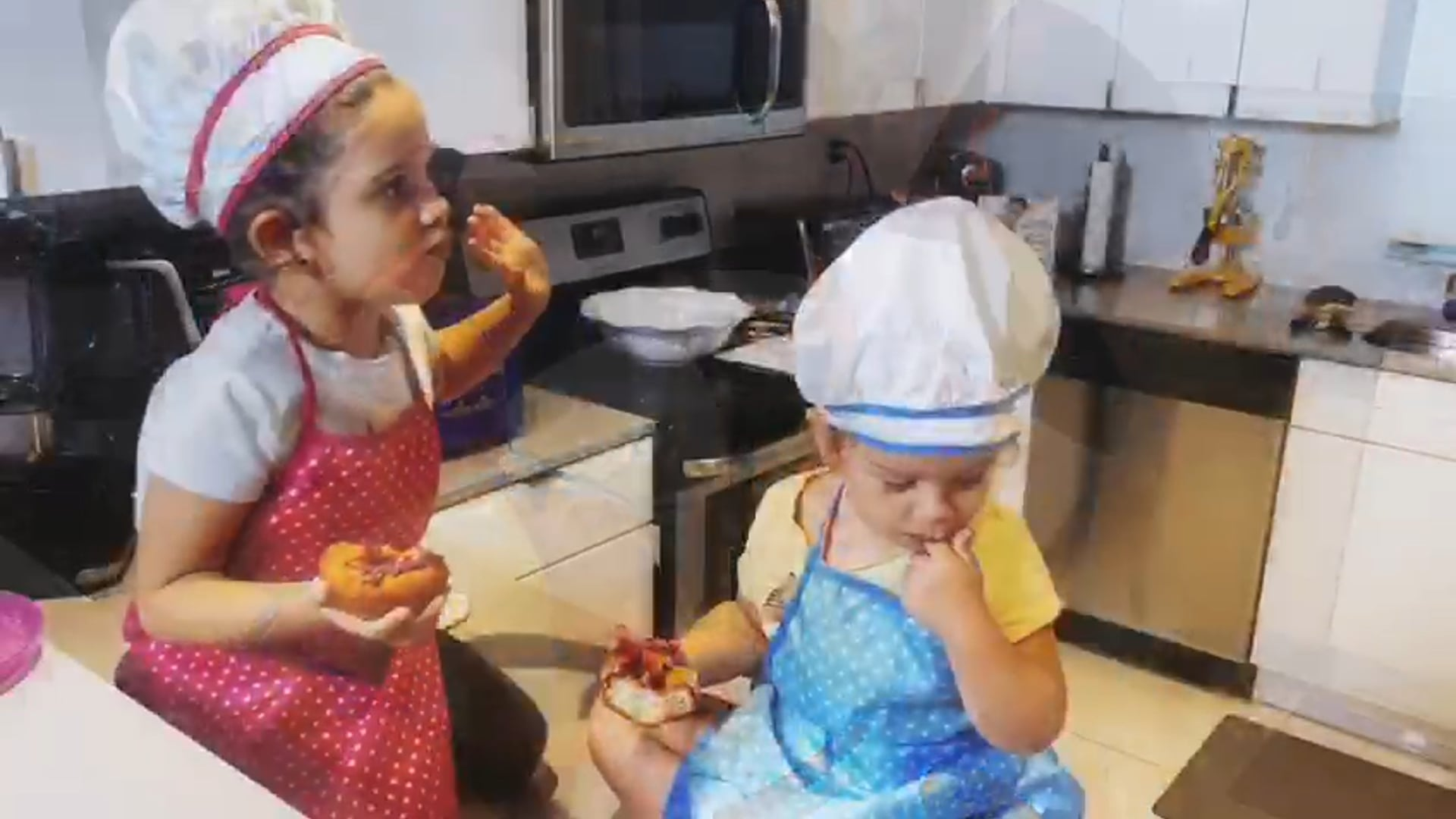 Jesus Diaz - Chef Yisus - Cooking with Daughters