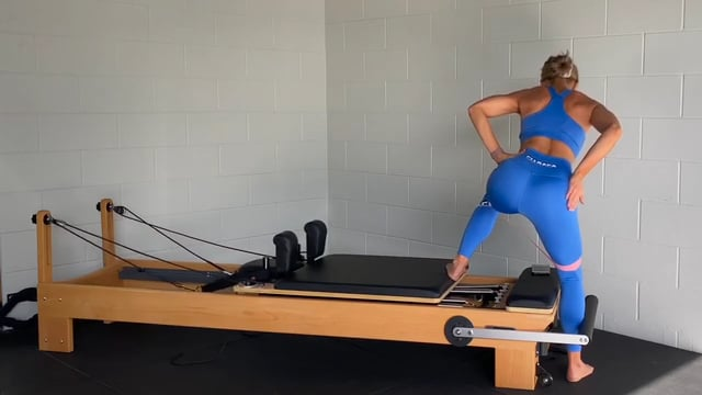 30min reformer workout with booty band