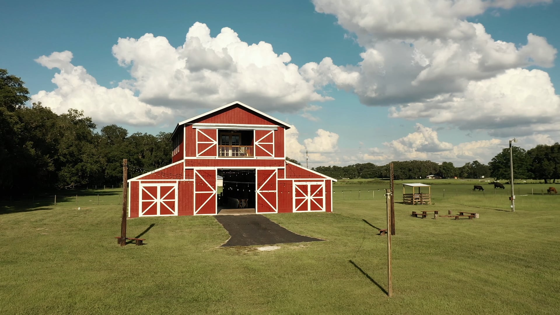 The Red Barn at Bushnell, Fl