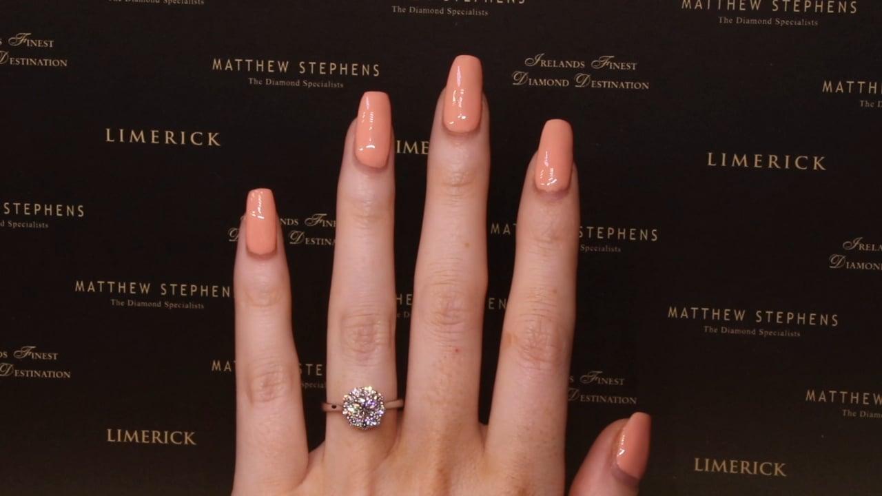 70847 - Round Brilliant Halo Diamond Engagement Ring, T1.03ct, Set in Platinum