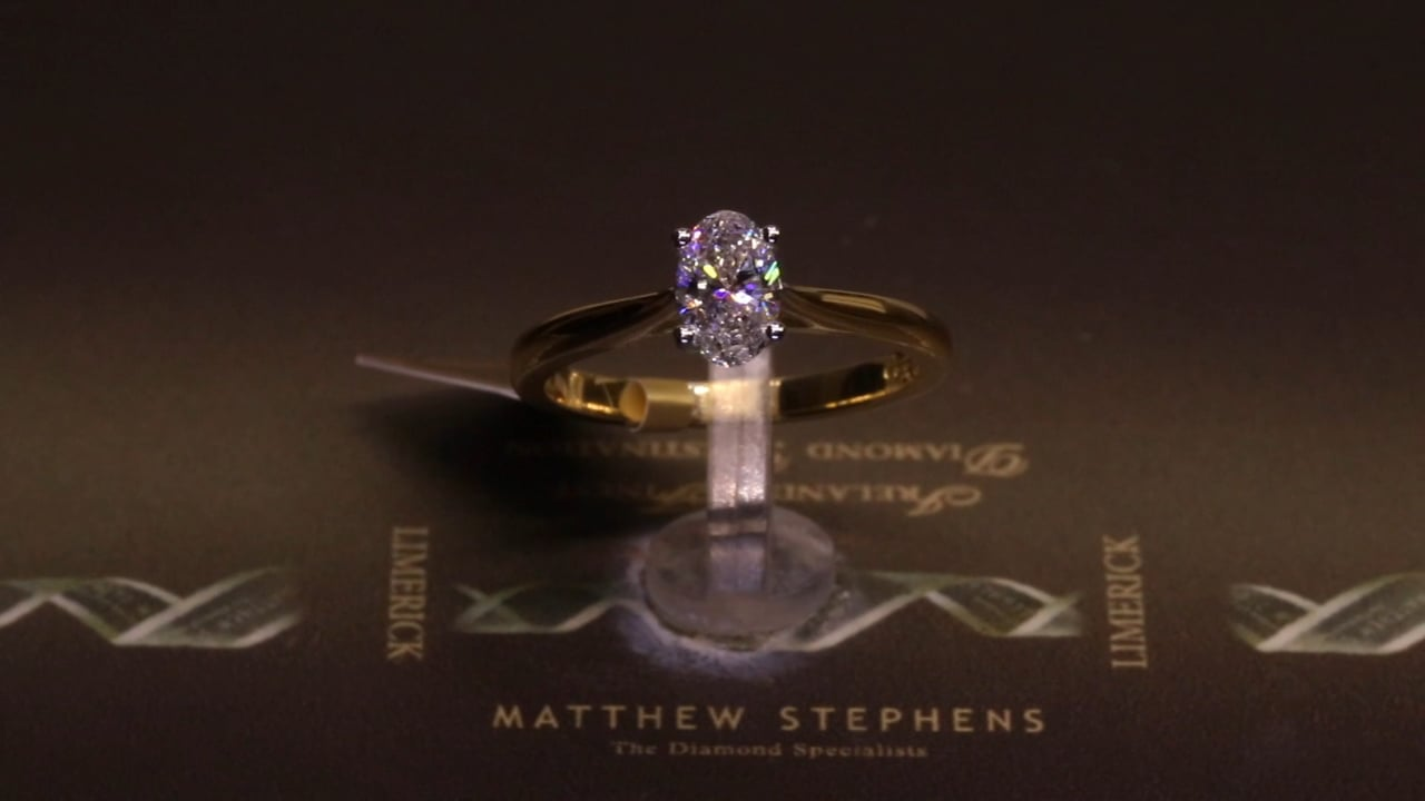 73395 - Oval Solitaire, T0.59ct, Set in 18ct Yellow Gold
