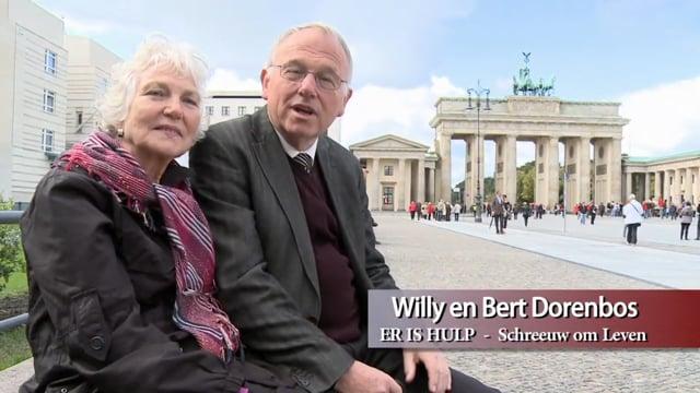 025 Oost en West Berlijn herenigd