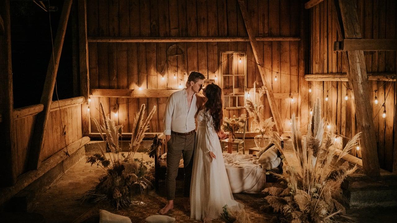 Justyna + Karol | Grandma's barn