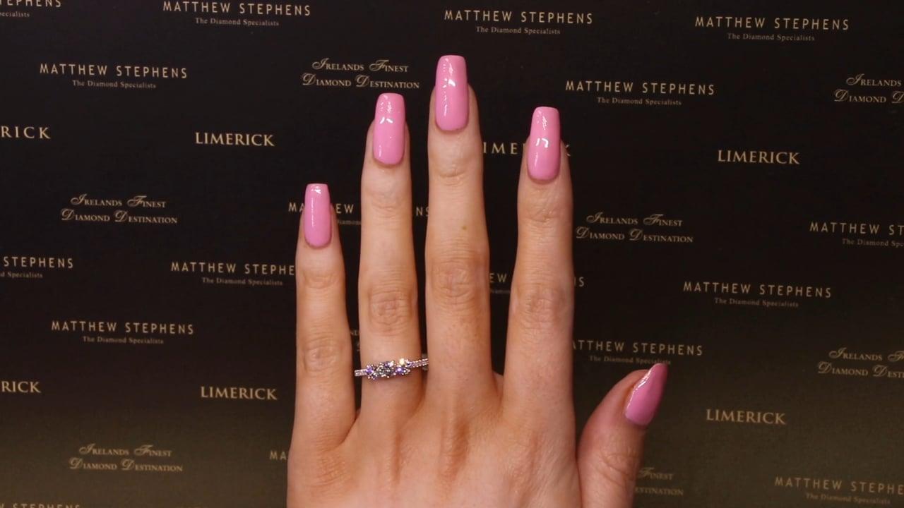 73411 - Three Stone Round Brilliant Ring with Diamond Set Shoulders, T1.03ct, Set in Platinum