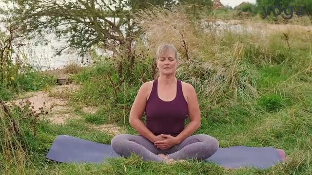 Odaka yoga voor de schouders en de rug