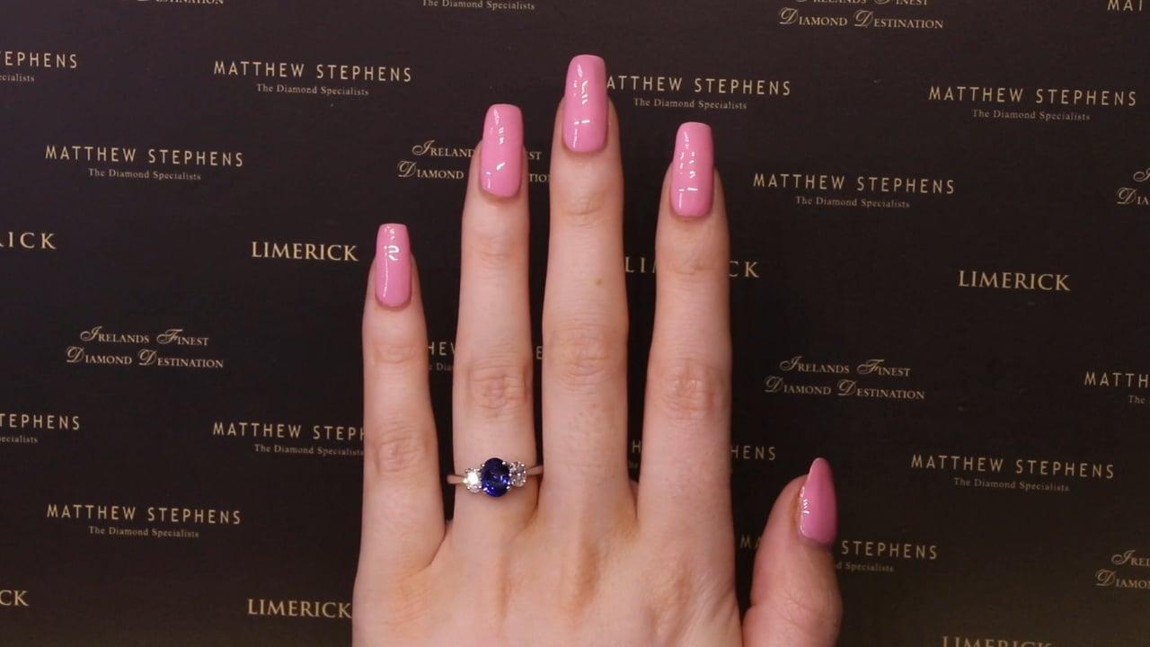 61725 - Oval Sapphire & Diamond Three Stone, S1.23ct & D0.52ct, Set in 18ct White Gold