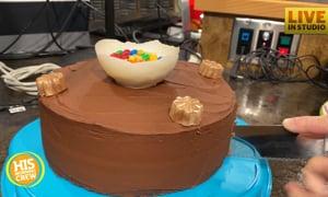 Lizz's Ugly Bakery: Courtney Starr Fall Mix Chocolate Cake
