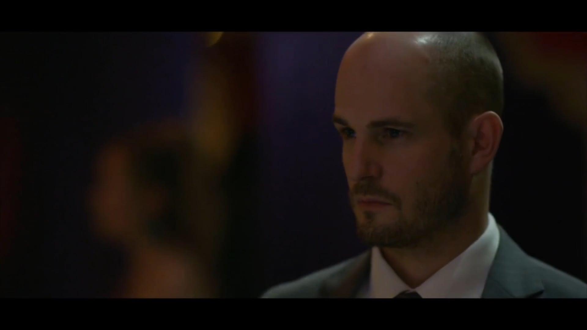 Ed Hughes as Paul in DISTRITO SALVAJE (Netflix)