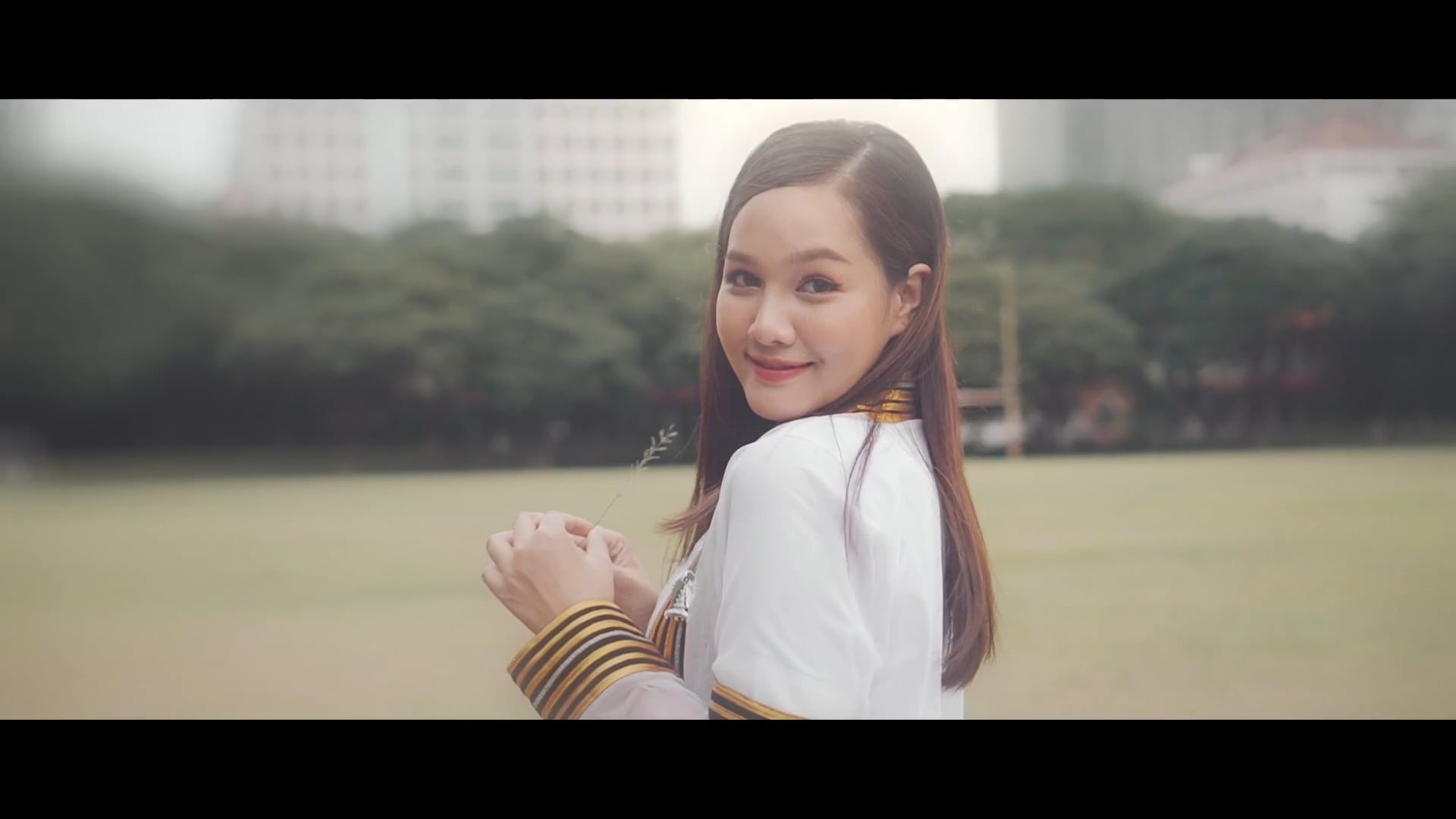 Phanfilm's Sweet Graduation Portrait Video.