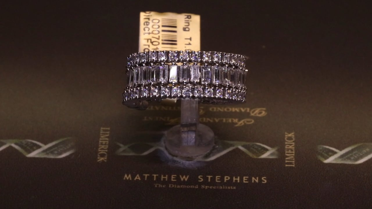 70151 - Three Row Round Brilliant & Emerald Cut Diamond Slinky Ring, T1.95ct, Set in 18ct White Gold
