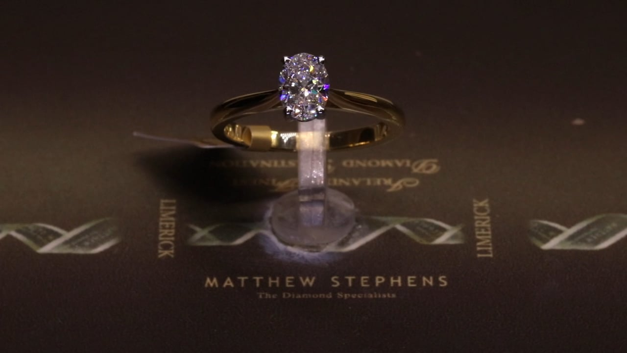 74046 - Oval Solitaire, T0.75ct, Set in 18ct Yellow Gold